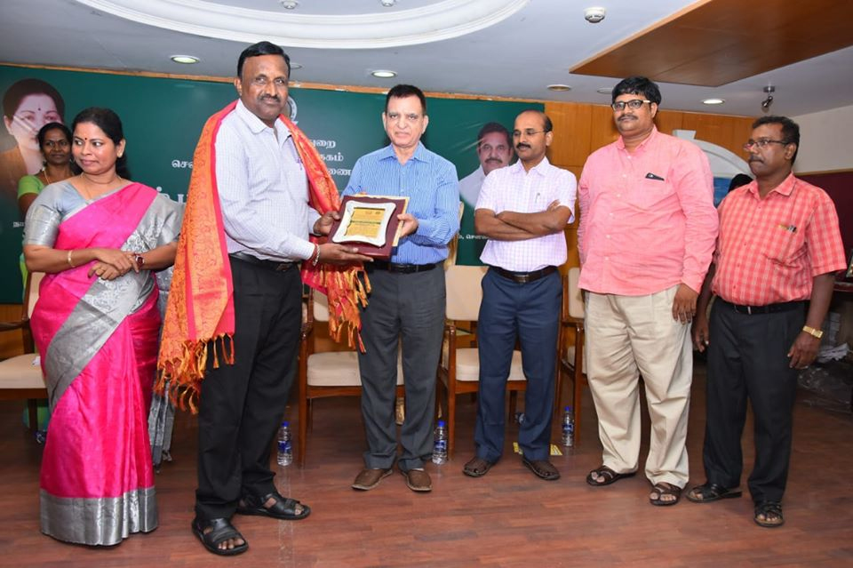 VIVA BOOKS WINS THE TAMIL NADU'S BEST PUBLISHER AWARD JOINTLY INSTITUTED BY THE DIRECTORATE OF PUBLIC LIBRARIES – SCHOOL EDUCATION DEPARTMENT, DEVANEYA PAVANAR DISTRICT CENTRAL LIBRARY AND, THE AUTHORS AND PUBLISHERS' ASSOCIATION OF INDIA.